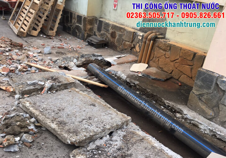 thi-cong-ong-thoat-nuoc