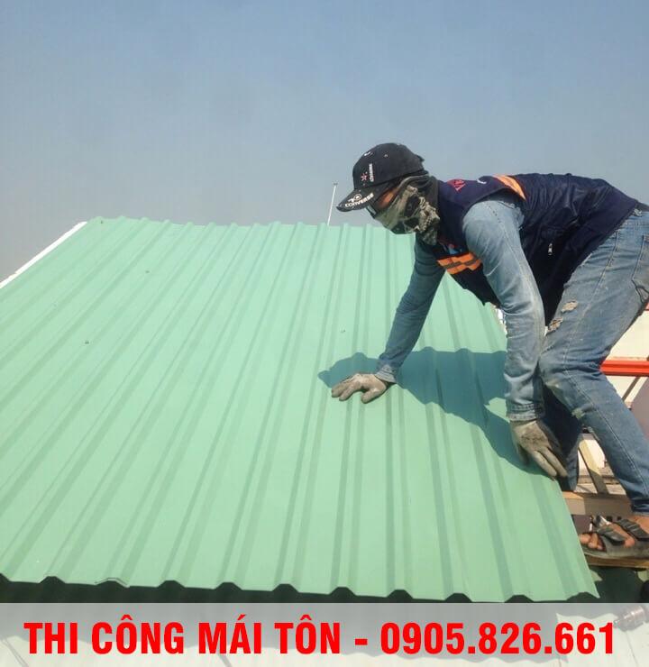 thi-cong-mai-ton